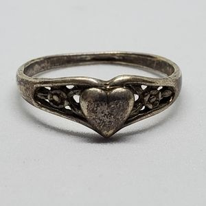 Vintage Sterling Silver Heart Band Ring